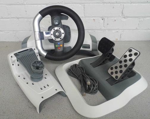 Xbox 360 genuine steering wheel & pedals
