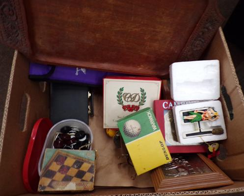 Selection of collectables incl. vintage games, Dunlop golf balls etc.