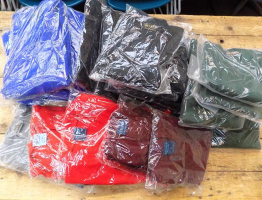 Box of 24 new acrylic jumpers - mixed sizes and colours
