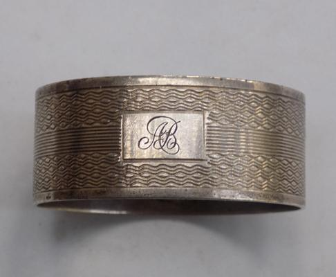 Solid silver napkin ring with engine turn pattern - full Birmingham hallmark