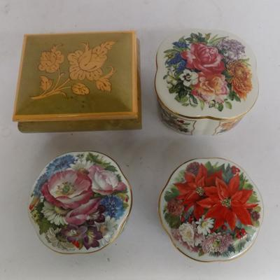 4 musical trinket boxes