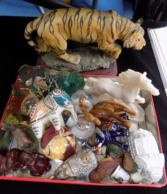 Tray of animal ornaments inc Tigers, Elephants etc