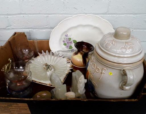 Assortment of ceramics incl. Rumtopf pottery - with chip in lid
