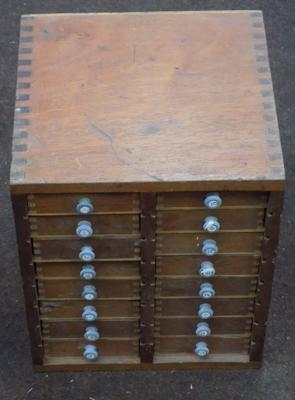 Small set of drawers - approx. 11 inches