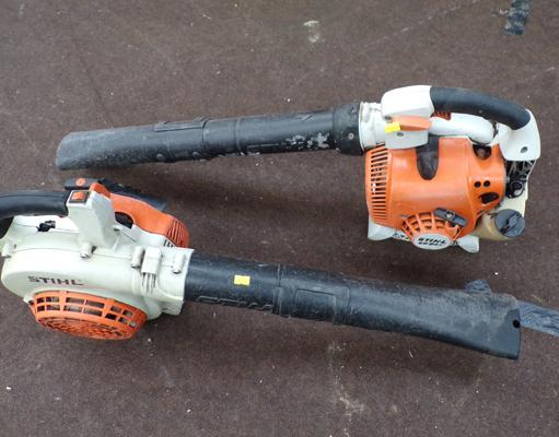 2 x Stihl petrol leaf blowers, both working order, one requires air filter but otherwise fine