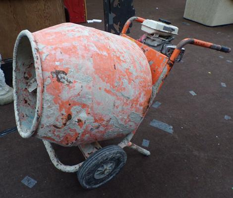 Belle petrol cement mixer (Honda engine), requires service, working in last 12 months, sold as seen