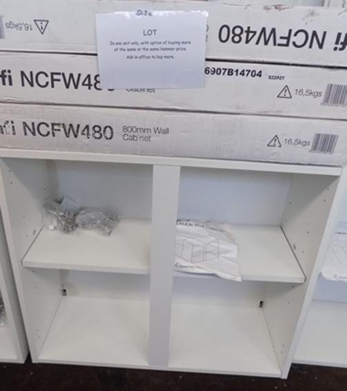 1x 800mm new boxed wall cabinet carcas (more available at matching hammer price)