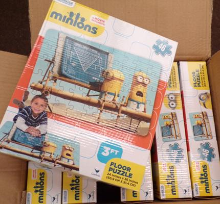 6 x large Minion floor puzzles