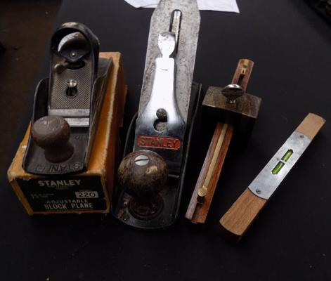 Selection of vintage woodwork tools incl. Stanley