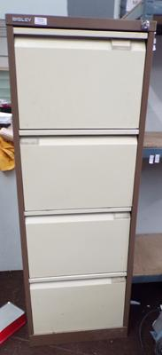 Bisley 4 drawer filing cabinet with key