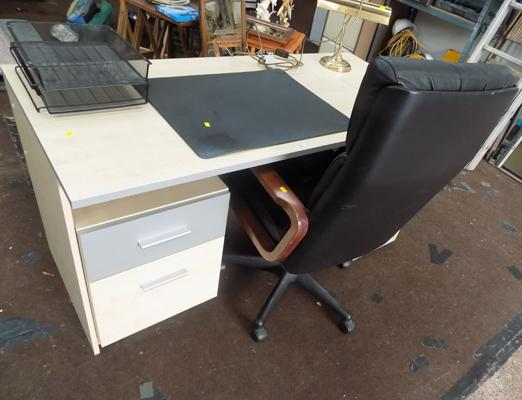 2 piece office furniture with chair, lamp and deck pad