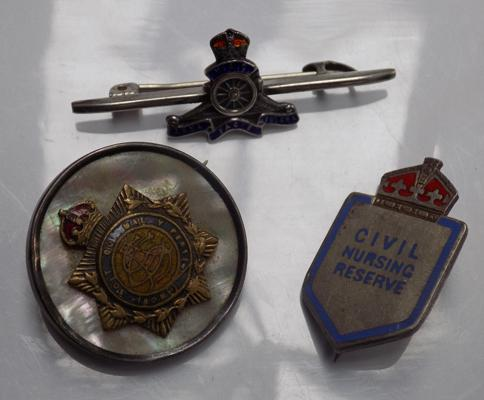 3x Silver & enamel military themed badges/brooches inc Royal Artillary