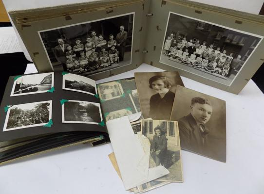 Collection of vintage photographs & albums inc WWII & Military