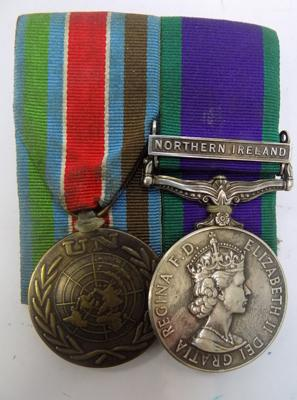 Campaign service medal with Northern Ireland bar & UN medal-court style mounted