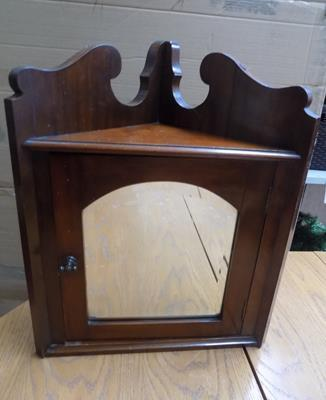 Antique Victorian solid mahogany mirrored corner cabinet
