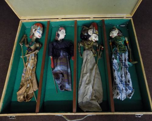 Museum cased Indonesian rod puppets (4)