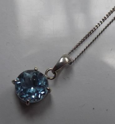9ct White gold & blue gemstone necklace