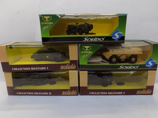 5 military Solido vehicles