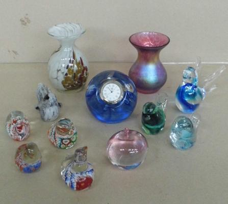 12  glass items, incl. Isle of Wight, Hisslinger & Caithness clock paperweight