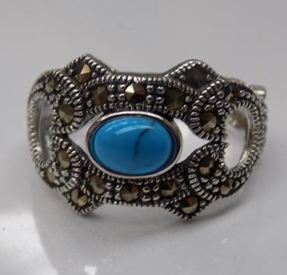 Silver blue stone & marcasite ring