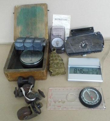 Good selection of mixed collectables incl. correx tension gauge