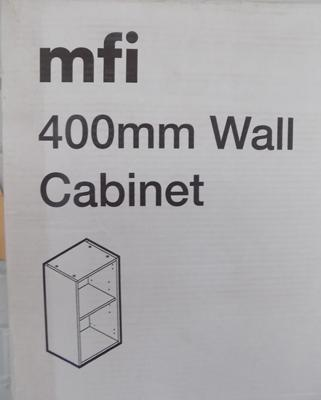 1x 400mm new boxed wall cabinet carcass (more available at matching hammer price)