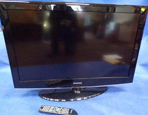 Samsung 37 inch flat screen TV and remote W/O - remote in office