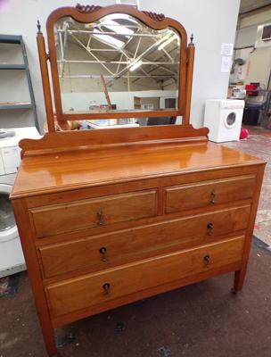 Vintage solid silk wood dressing table - 2 over 2 drawers with tilting mirror