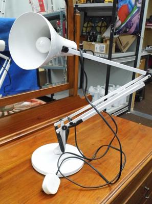 Anglepoise lamp in white - W/O