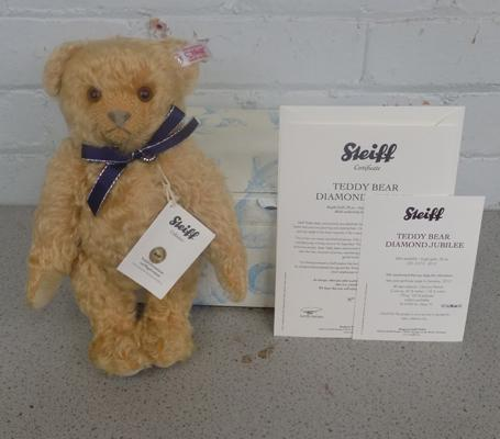 Boxed Steiff bear 'Diamond Jubilee Bear' in unused condition with certificate
