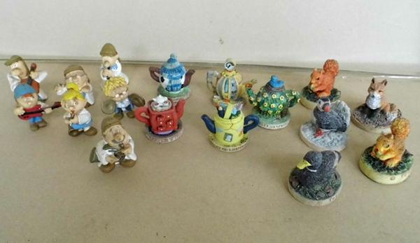Selection of collectable Tetley figures/t-pots