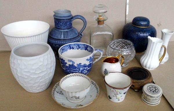 Selection of mixed pottery and ceramics