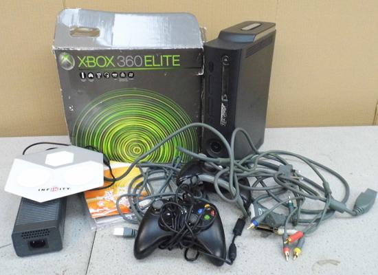 X-box 360 with controllers