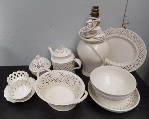 Selection of Leed's pottery, incl. lamp base, no damage found