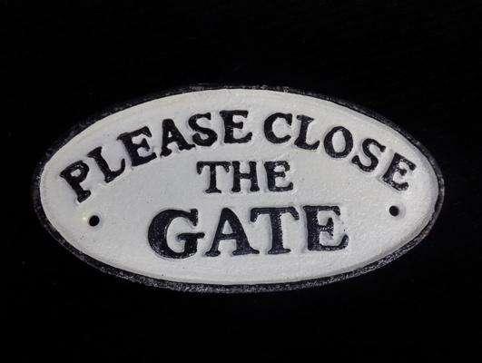 Cast iron 'Please close the gate' sign