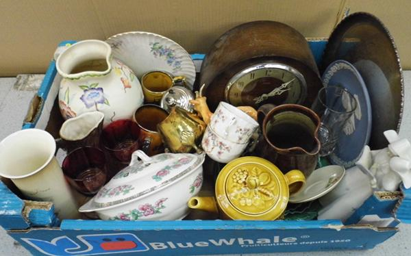Collection of mixed items incl. antiques & collectables