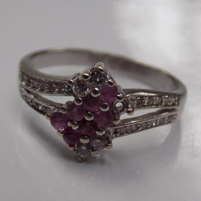 18ct gold ring with diamond & ruby stones & large clear stones, 4.2 grams, one ruby missing