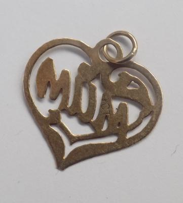 9ct Gold 'Mum' collectable pendant