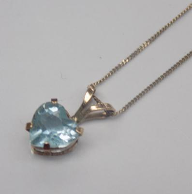 9ct gold and blue gemstone necklace