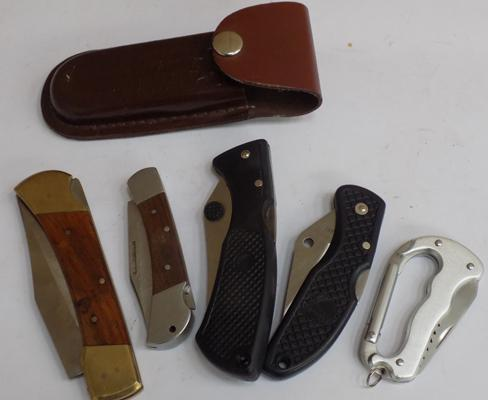 Selection of lock knives