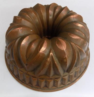 Antique Victorian copper jelly/aspic mould