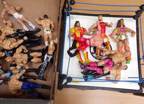 Box of WWE figures and Ring Ultimate Warrior - Hulk Hogan