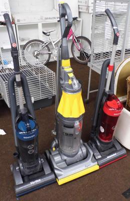 3 vacuum cleaners incl. Dyson