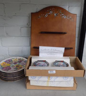 Collection of 8 boxed Bradford Editions small plates with stands & certificates, plus collection of unboxed floral plates