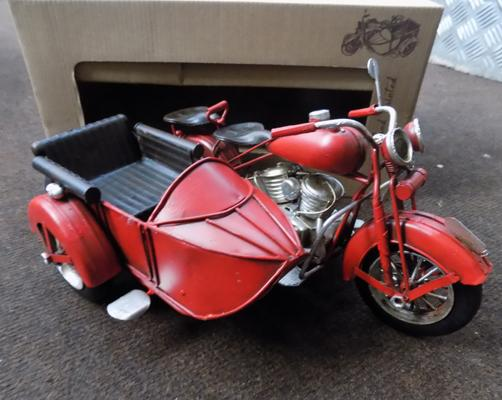 Tin plate motorbike with sidecar