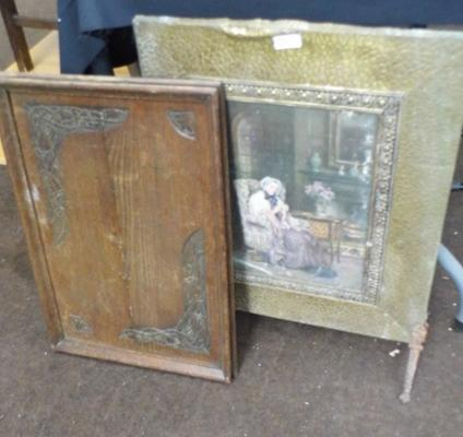 Vintage fire screen and butlers tray