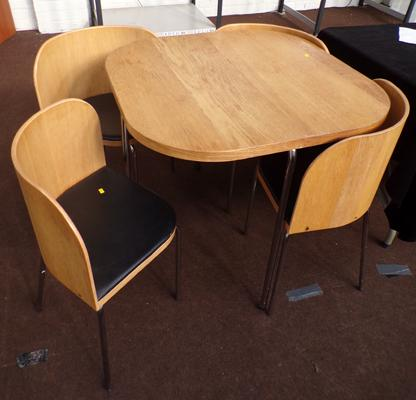 Circular table and 4 chairs