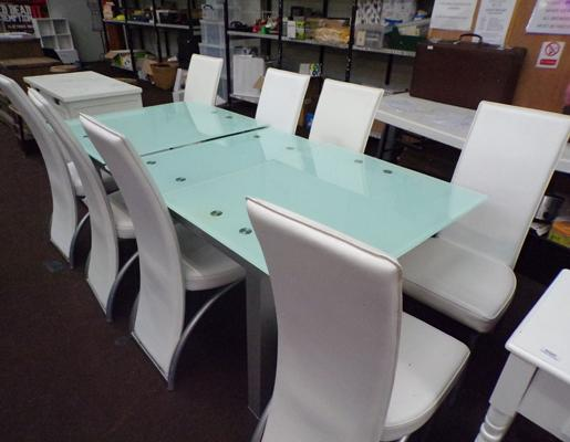 8 Chairs & modern glass extending table