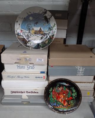 Large collection (over twenty) of various boxed collector's plates, incl. Bradford Exchange etc..., with certificates