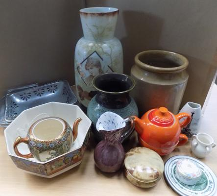 Box of mixed collectables incl. Stoneware le Cruset